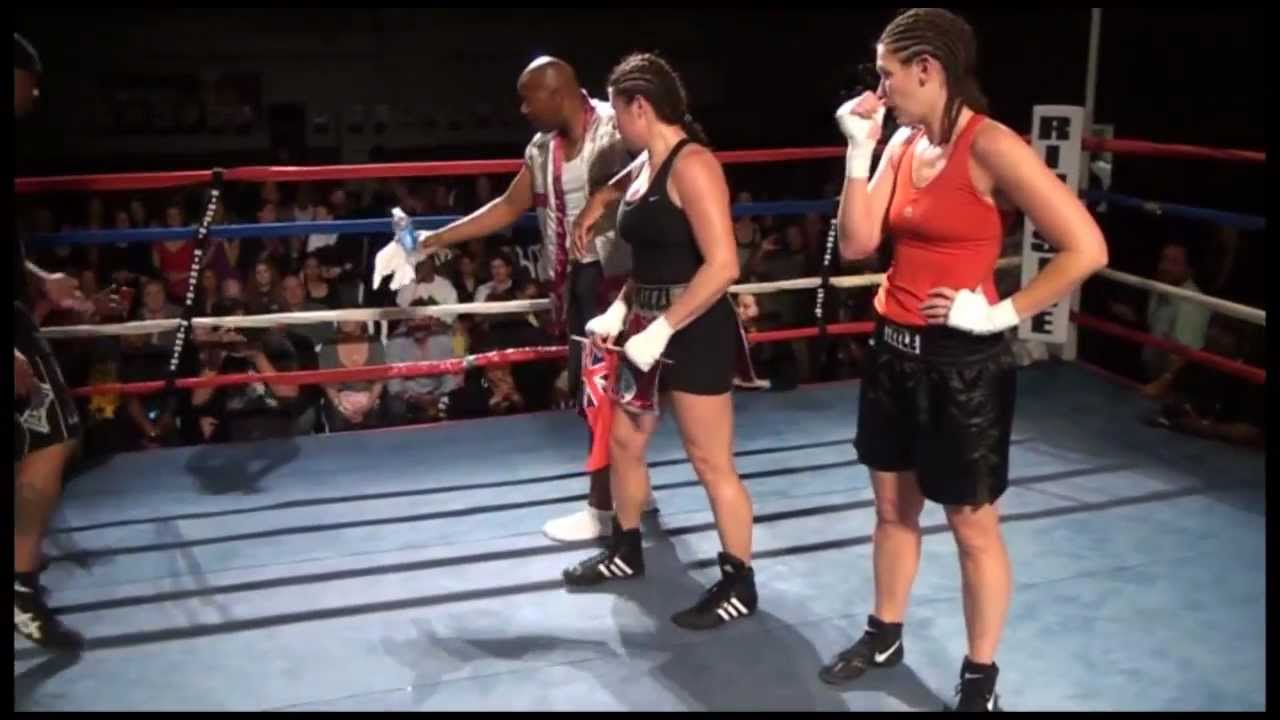 Teresa Perozzi vs April Ward – BERMUDA FIGHT NIGHT XIV (March, 2012)