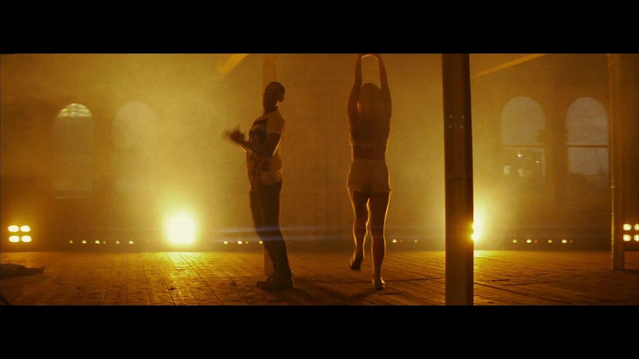 @MegaphonicUK ft. Devaune – #Netflix & Chill @devauneonline
