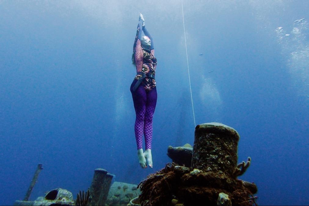#Bermuda Kids Freedive Record – Beth Neale @BdaZooSociety @gofundme